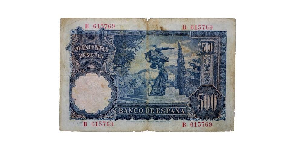 18907