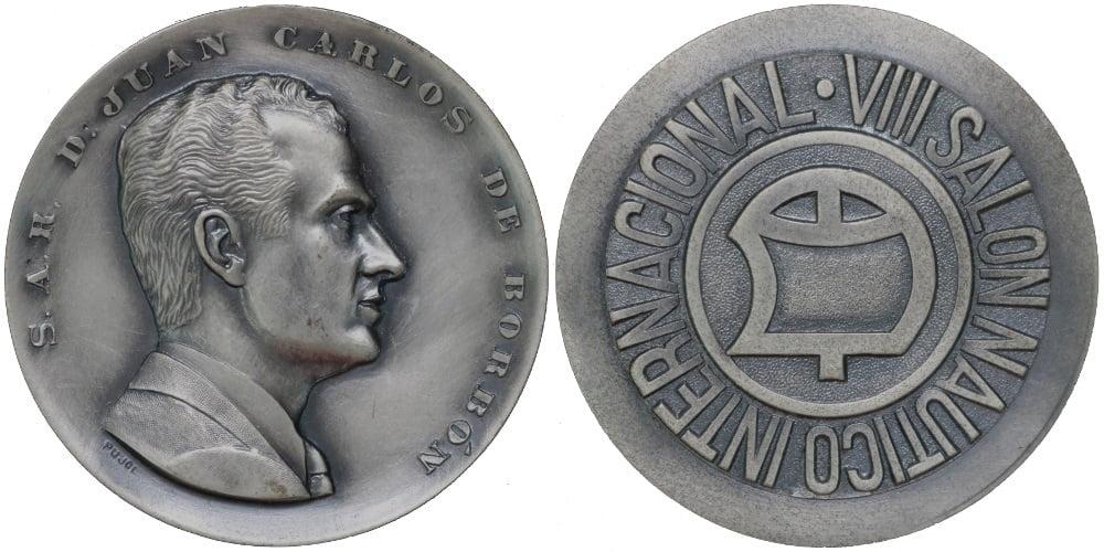19025